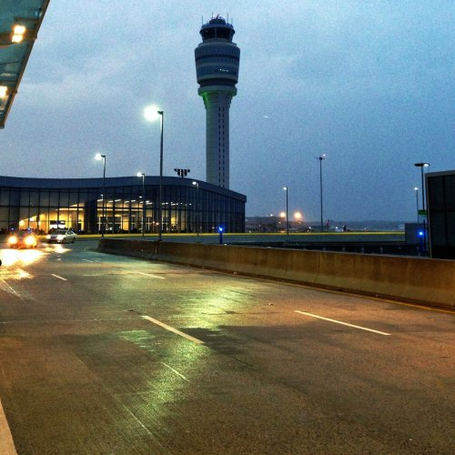 Hartsfield–Jackson Atlanta International Airport / International Terminal and Tower